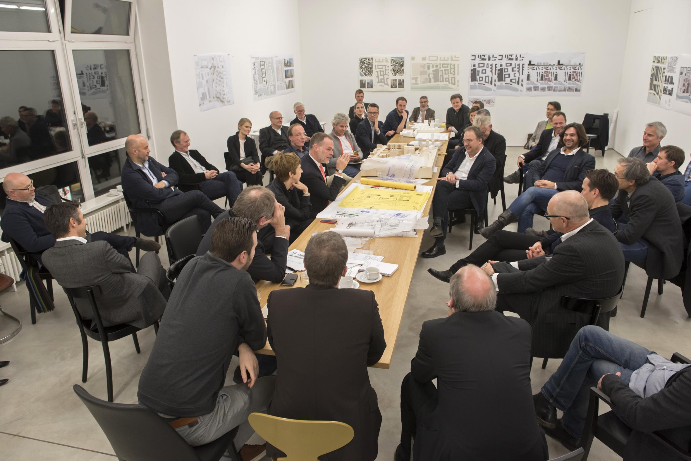 Duitsland, Deutschland, Germany, Berlin, Berlijn,  28.11.2015. Galerie Hempel, Lindenstrasse 35. 5. Konzept-Klausur WerkBundStadt Berlin. Foto: Erik-Jan Ouwerkerk
